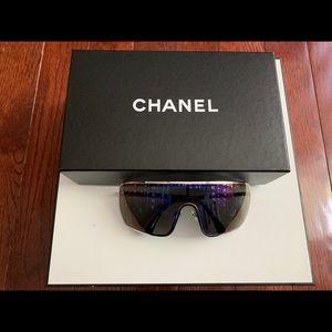 Chanel shield sunglasses *Rare*